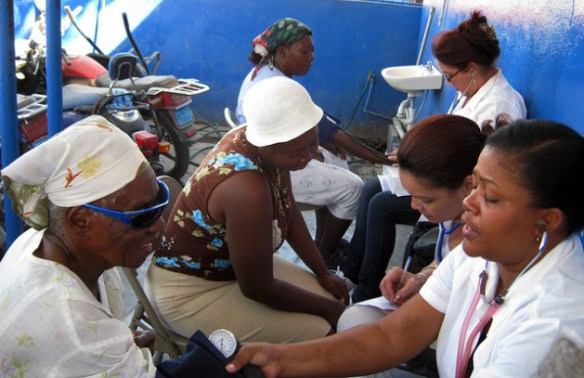 cuban-doctors-in-haiti-4